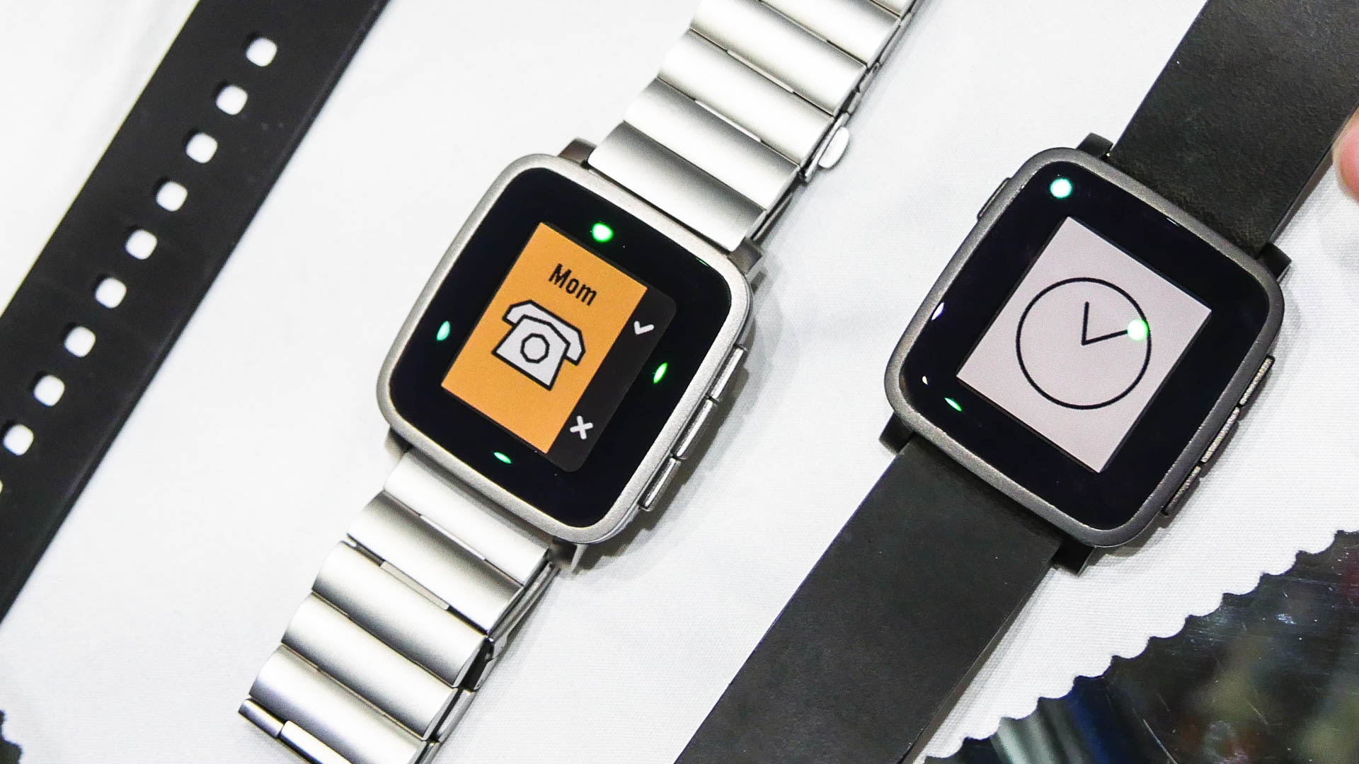 Front of Pebble Time Steel