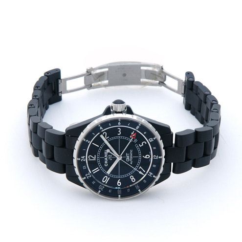 Side of Chanel J12 GMT Matte fashion watch 02