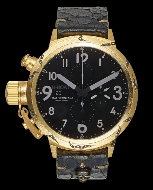 Front of U-Boat Opere Uniche Hera yellow gold watch