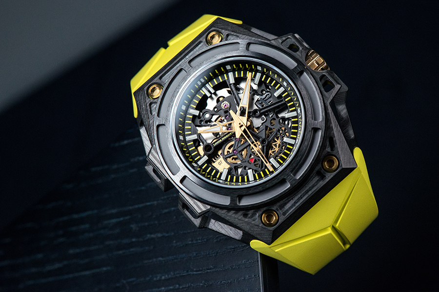 Side of Linde Werdelin SpidoLite 3DTP Carbon