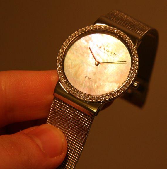 skagen-silver-mesh-watch-hero1